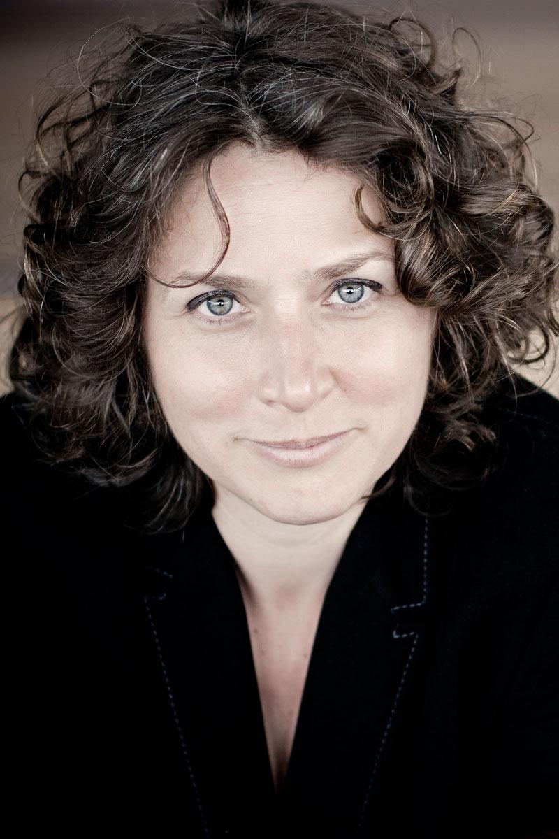 Portrait von Jetske Mijnssen